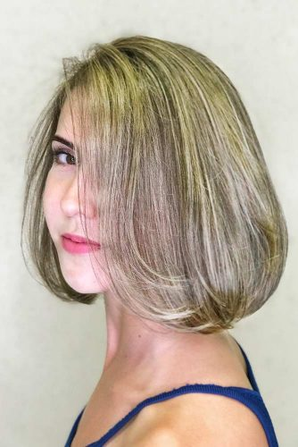 Straight Medium Hairstyles picture2