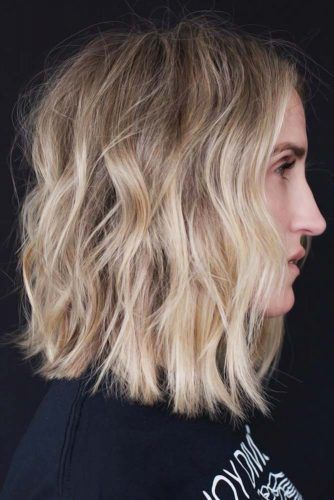 Shoulder-Skimming Wavy Bob #mediumhair