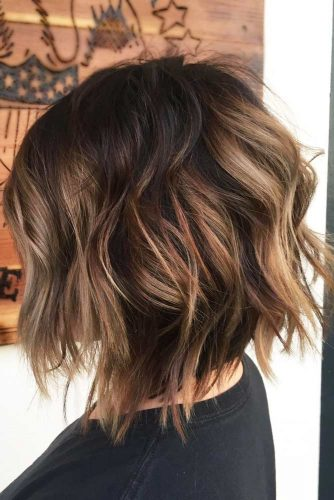 Wavy Medium Length Hairstyles picture1