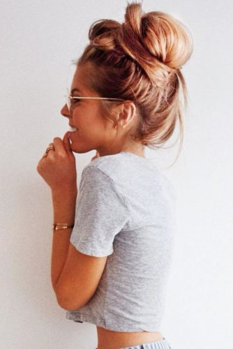 Cool Ideas Of Messy Buns picture2