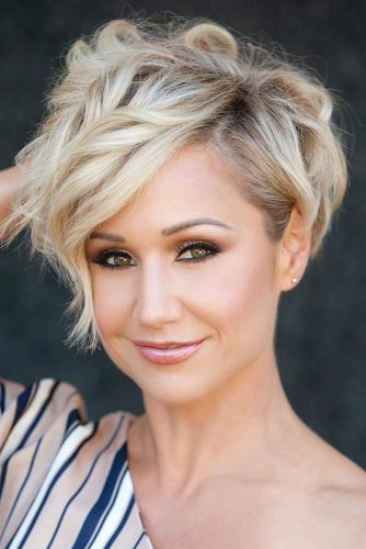 Short Haircuts for Women – Long Pixie picture1