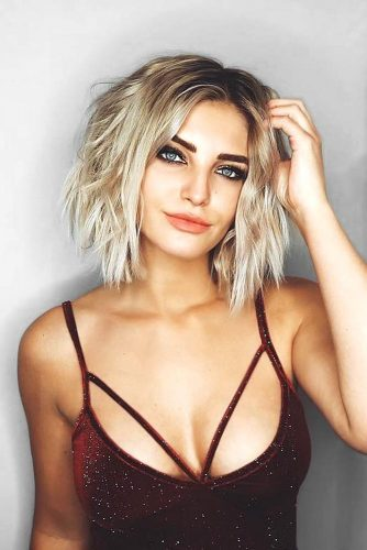 Middle Part Style for Short Hair