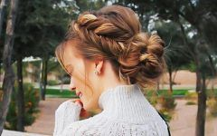 How to Do Messy Bun Hairstyles