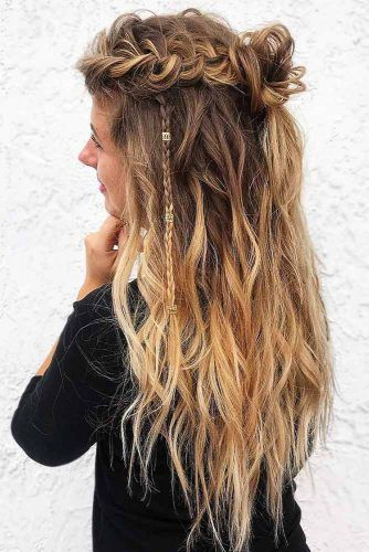 Wavy Braided Half-Up Knots #halfup #braids #wavyhair
