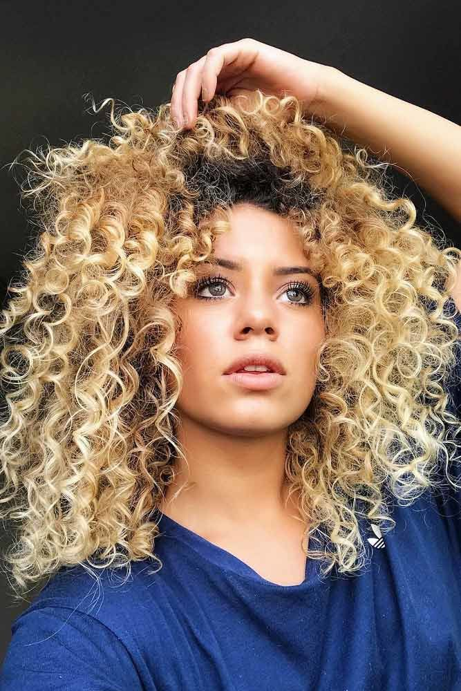Cute Curly Hairstyles Layered #wavyhair #wavyhairstyles #wavyhaircuts