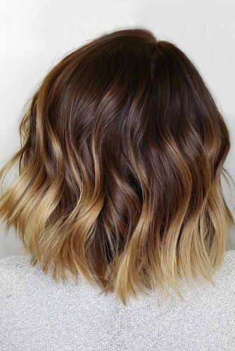 Layered Wavy Long Bob Hairstyle #wavyhair #hairstyles #hairtypes #bobhairstyles