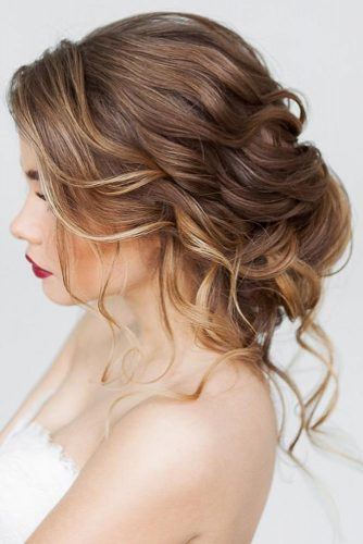 Updos For Wavy Hair picture2