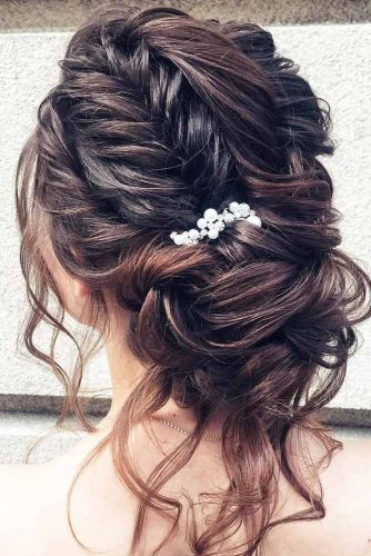 Updos For Wavy Hair picture3