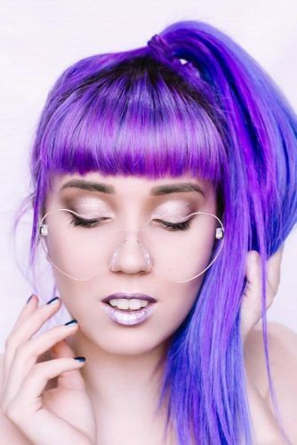 Buns & Ponytails Emo Hairstyles For Girls Pony #emohair #emohairstyles