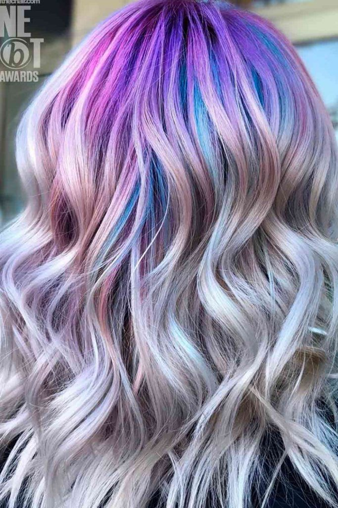 Pale colors For Mermaid Hair With Highlights