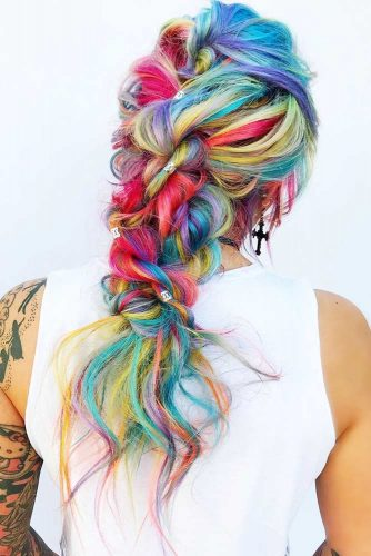 Bright Colorful Hairstyles Fauxhawk #fauxhawk #redhair #bluehair #greenhair