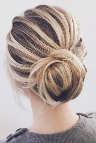 Put Your Long Hair In A Messy Bun picture2