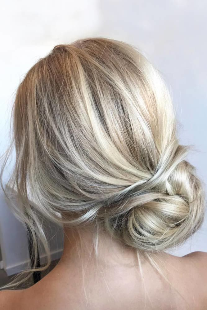 Loose Romantic Prom Hairstyles Updos Blonde #promhairstyles #promhair