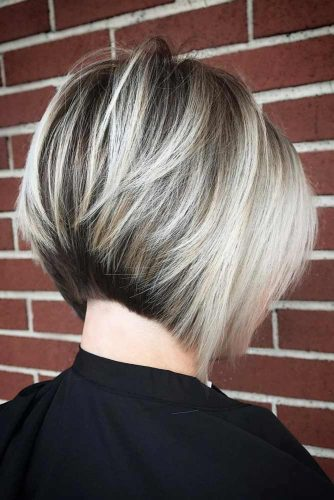 Short Bob With Blonde Highlights picture3