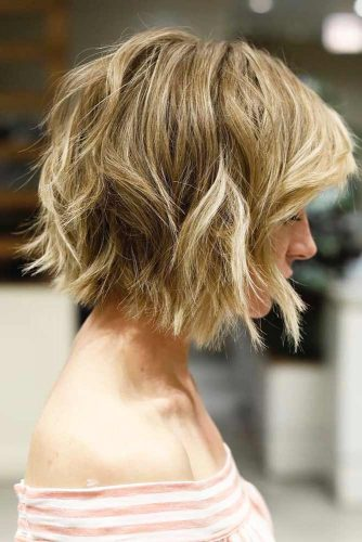 Short Bob With Blonde Highlights picture2