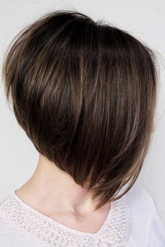 A-Line Bob Brown #roundface #shorthair #faceshapehairstyles