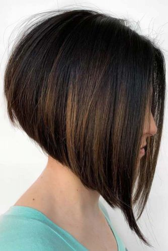 A-Line Bob Highlights #roundface #shorthair #faceshapehairstyles