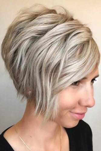 Top Tips For Choosing Right Hairstyle Inverted Bob #roundface #shorthair #faceshapehairstyles