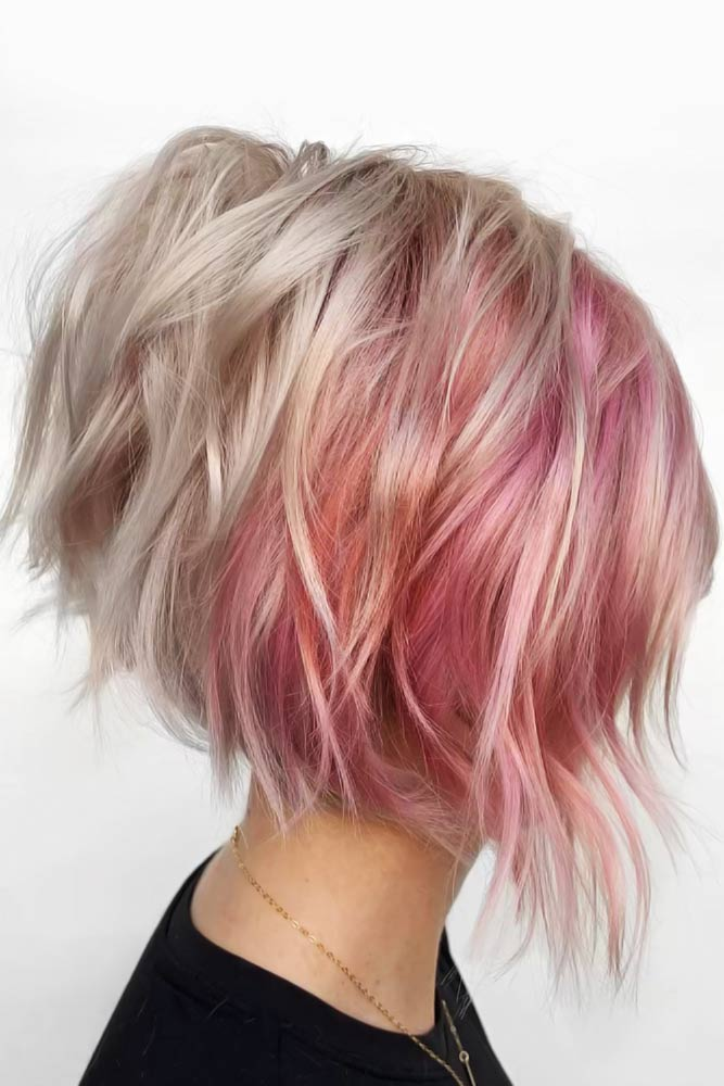 Flattering Short Hairstyles For Round Faces Blonde #roundface #shorthair #faceshapehairstyles