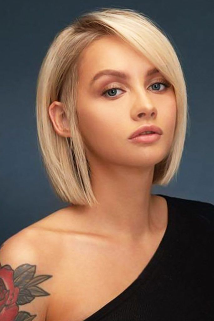 Side Swept Short Hairstyles For Round Faces Straight #shorthairstyles #hairstylesforroundfaces