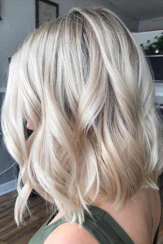 Wavy Blunt Shoulder Length Haircuts #shoulderlengthharcuts #haircuts #mediumhair