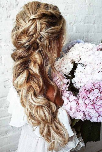 Gorgeous Wedding Hairstyles With Dutch & Three Strand Braids Side #braids #weddinghairstyles