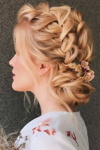 Updo French Braids Hairstyles Flowers #braids #frenchbraid