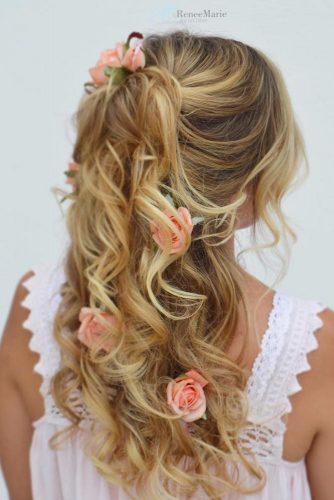 Wedding Hairstyles With Flower Accessories For A Floral Princess #floralhairstyle #longhair #rose