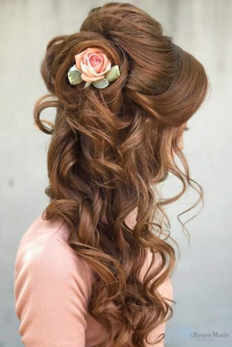 Wedding Hairstyles With Flower Accessories For Romantic Brides #floralhairstyle #longhair #floralhairpin #rose