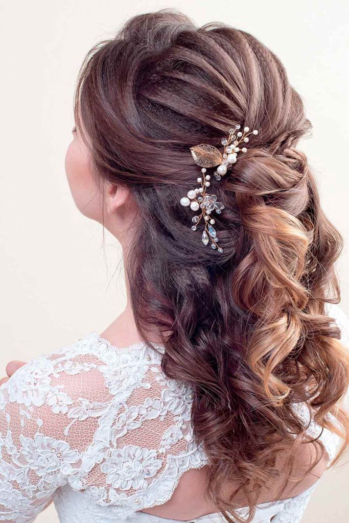 Mind-Blowing Half Up Half Down Bridal Hair For Brunettes