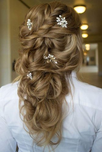 Half Up Half Down Hairstyles With Charming Accessories picture 5