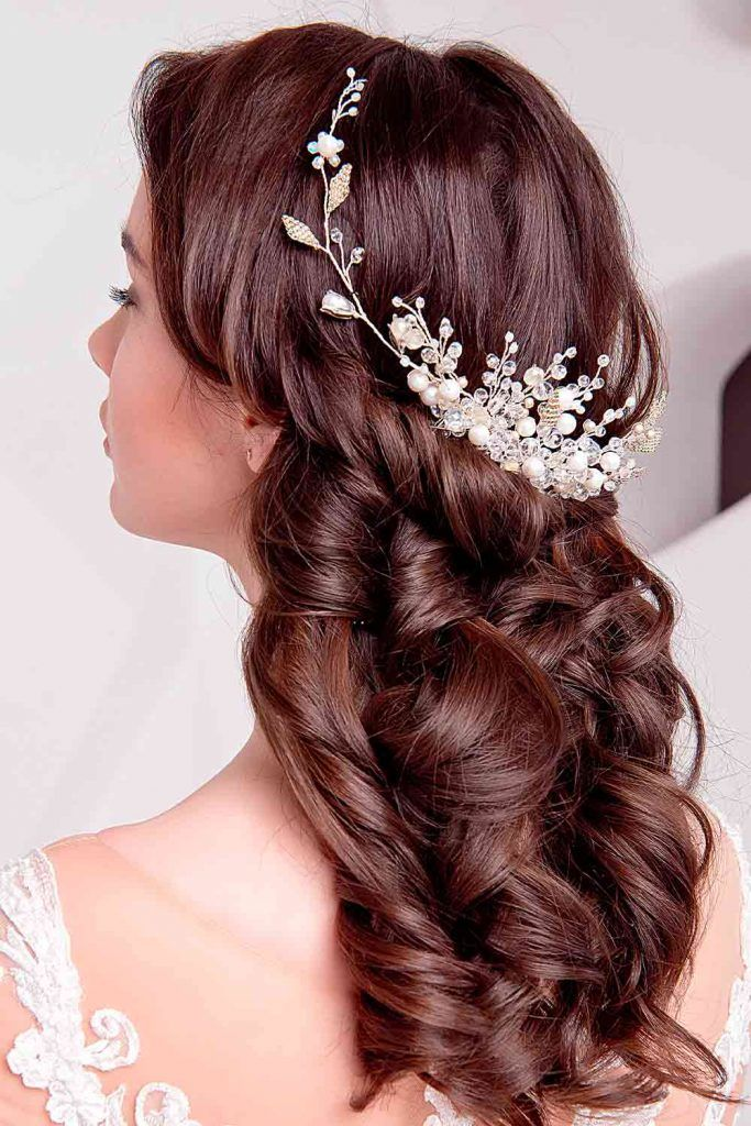 Half Up Half Down Hairstyles With Charming Accessories