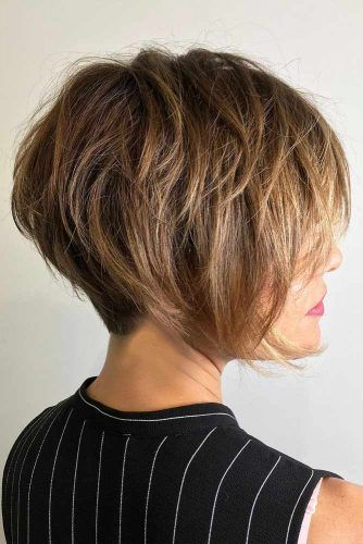 Layered Side Swept Pixie Bob #pixiebob #haircuts #hairstyles