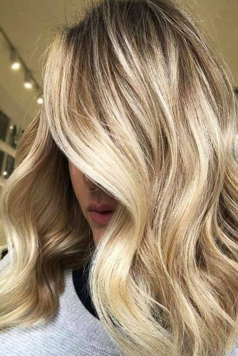 Golden Platinum Blonde Hair With Blonde Lowlights #blondehair #highlights