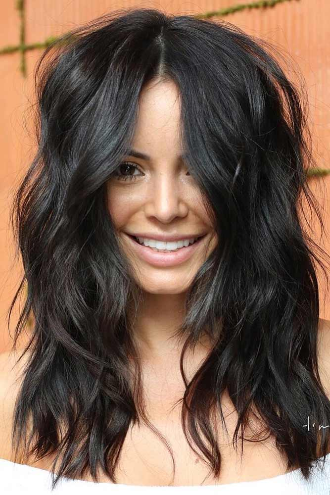 Shag Haircut For Dark Hair Long Hairstyle #shaghaircut #haircuts #longhaircut #wavyhair #blackhair