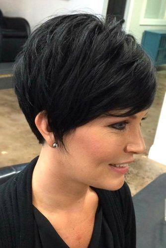 Long Pixie Haircut #haircutsforroundfaces #haircuts #roundfaces #pixiehaircuts