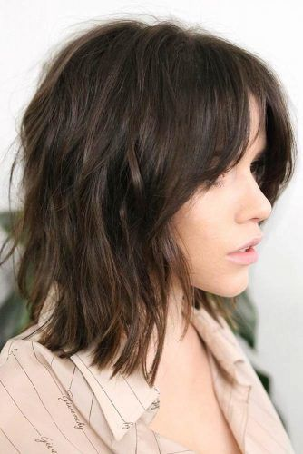 Brown Bobs With Bang #haircutsforroundfaces #haircuts #roundfaces #bobhaircuts