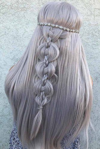 Braided Wedding Hairstyles With Accessories #weddinghairstyles #hairstyles #bohostyle