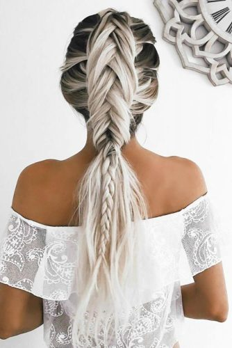 Unique Hairstyle Ideas For Sweet Brides picture 1
