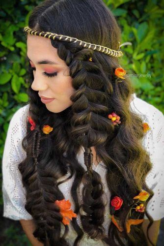 Braided Wedding Hairstyles With Roses #weddinghairstyles #hairstyles #bohostyle