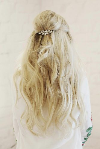 Gorgeous Wedding Hairstyles With Accessories picture 6