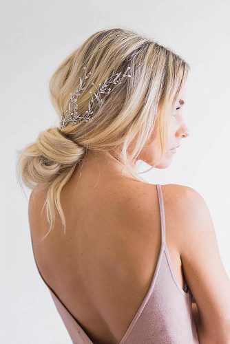 Unique Hairstyle Ideas For Sweet Brides picture 5