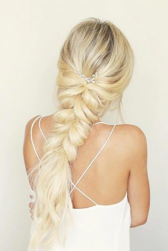 Gorgeous Wedding Hairstyles With Accessories picture 4