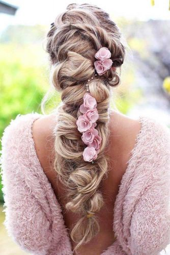 Gorgeous Wedding Hairstyles With Accessories picture 3