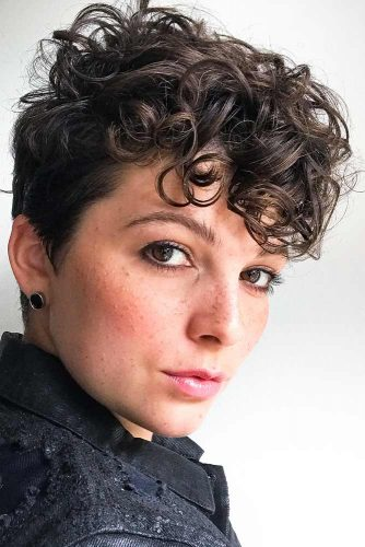 Pixie Haircut For Curly Hair #pixiehairstyles #pixiecut #shorthair #hairstyles #brownhair