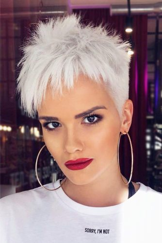 Blonde Edgy Pixie Hair Style  #pixiehairstyles #pixiecut #shorthair #hairstyles #icyblondehair