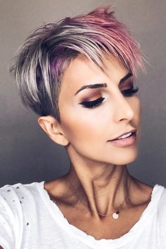 Extravagant Ladies Style Silver Pink Highlights #pixiehairstyles #pixiecut #shorthair #hairstyles #highlights