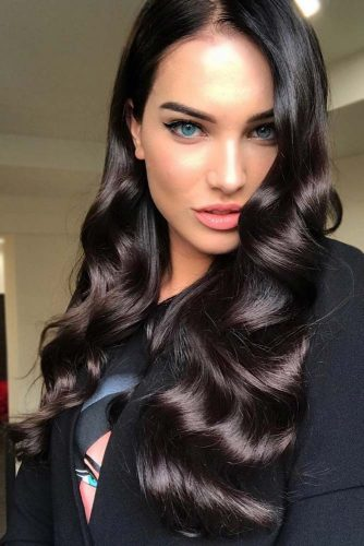 Sleek Black Hair Ideas Wavy #blackhair #brunette #sleekhair #wavyhair