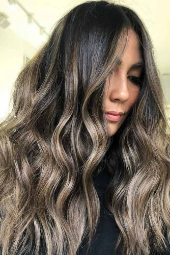 Black To Brown Hair Ideas Wavy #longhair #wavyhair #ashblonde #highlights