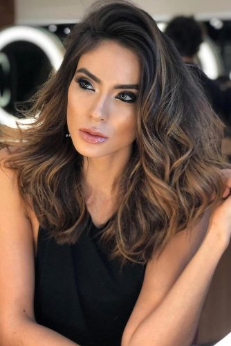 Dark Chocolate Brown Hair Ideas Highlights #wavyhair #brownhair